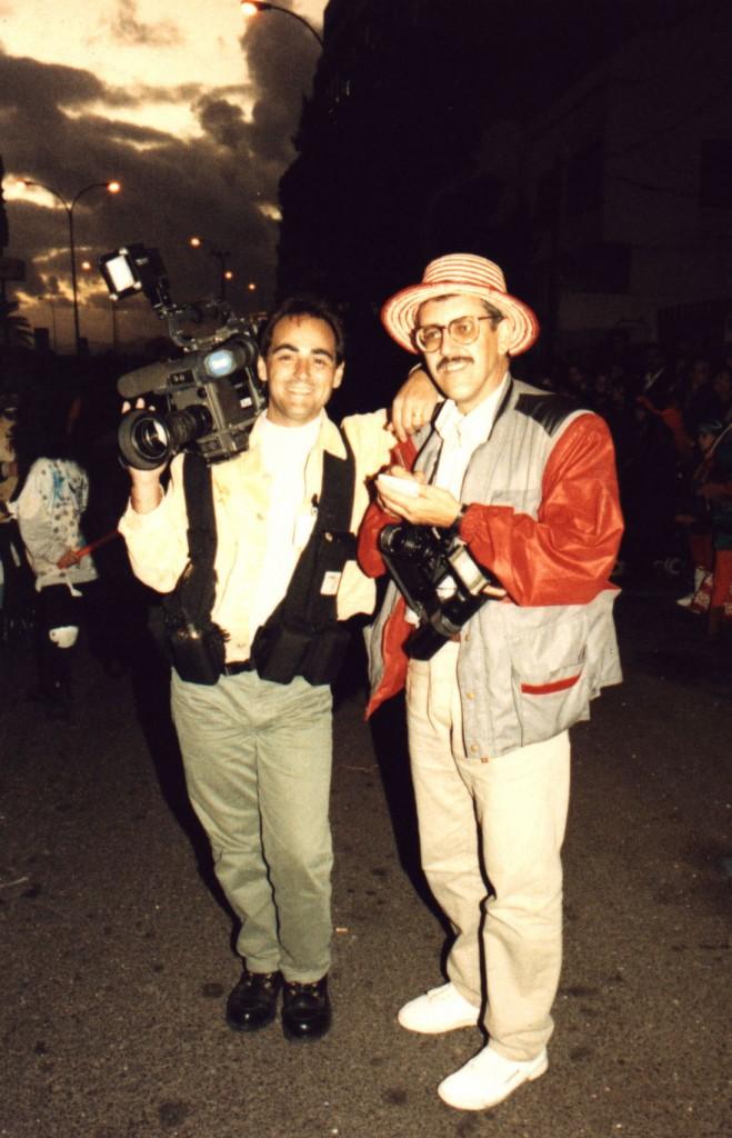 Trabajando como ENG en Televisión Española con mi colega del periódico Canarias Joluca.