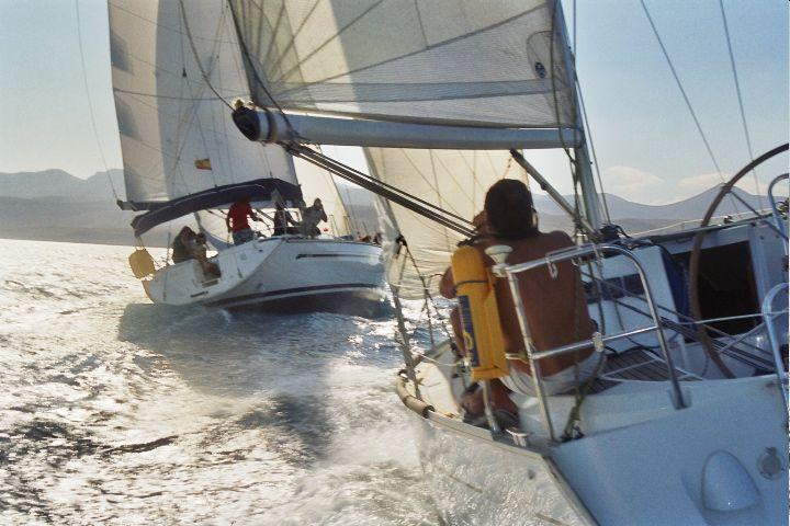 Cubriendo las regatas de vela en Puerto Calero