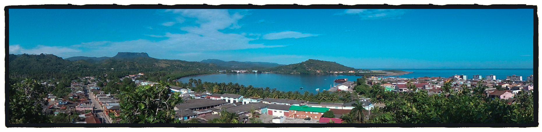 Panorámica de la bahía de Baracoa