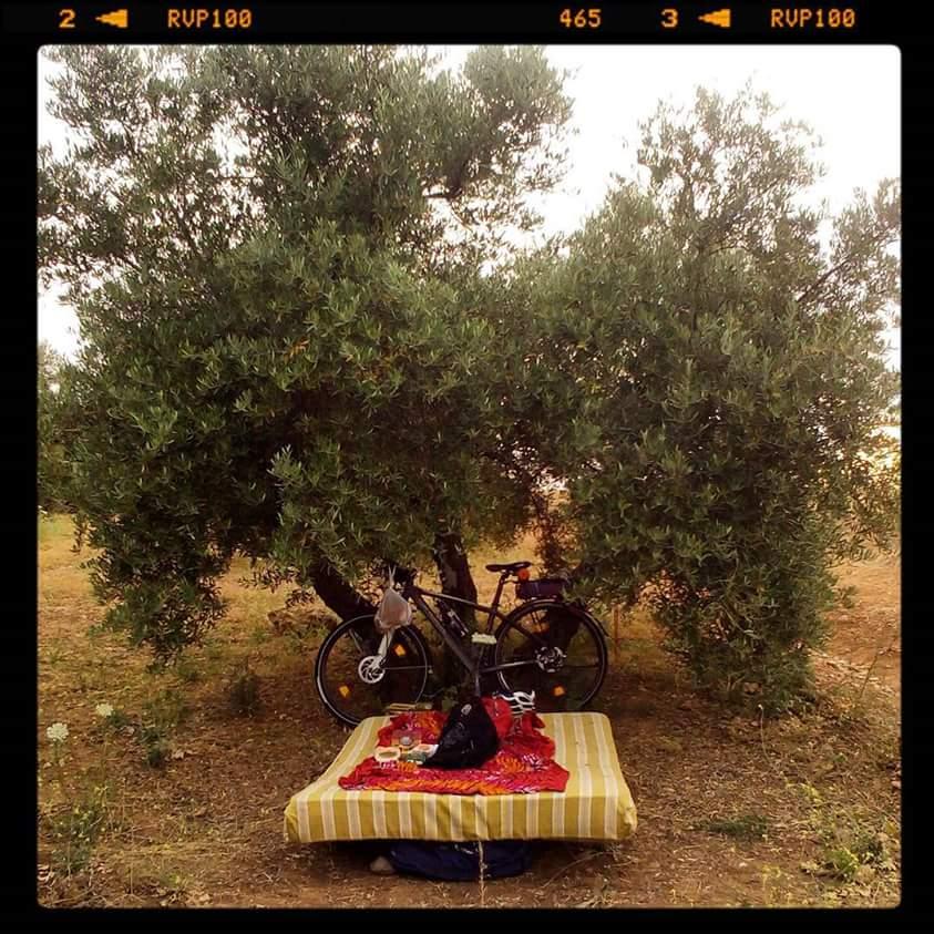 Andalucía En Bicicleta A Base De Bocatas De Mortadela
